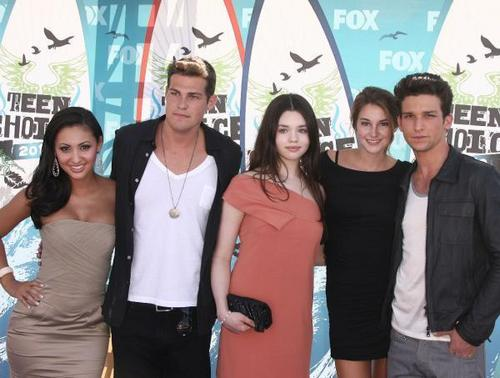 Secret Life Cast At the 2010 TCA's
