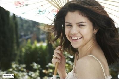 Selena Gomez Hintergrund called Selena Gomez Photoshoot