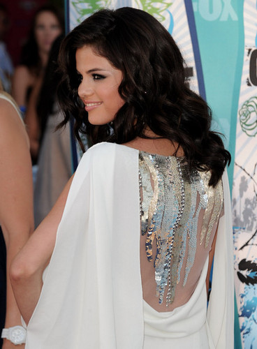 Selena @ Teen Choice Awards 2010
