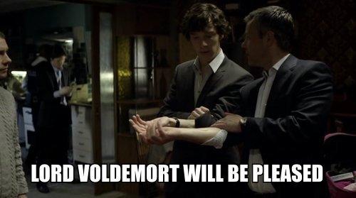 http://images2.fanpop.com/image/photos/14600000/Sherlock-sherlock-on-bbc-one-14652522-500-279.jpg