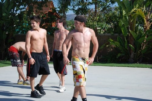 Big Time Rush wallpaper called Shirtless Logan
