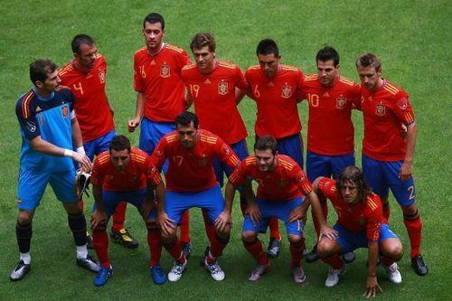 Spain National Football Team wallpaper entitled Spain (1) vs. Mexico (1)