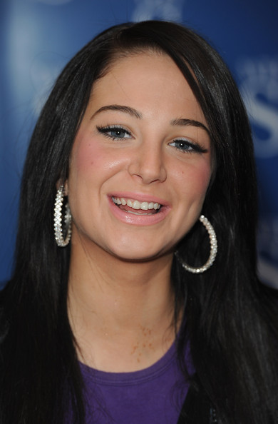 NEW WALLPAPER ON 2012: Tulisa Contostavlos-the Sexy Women
