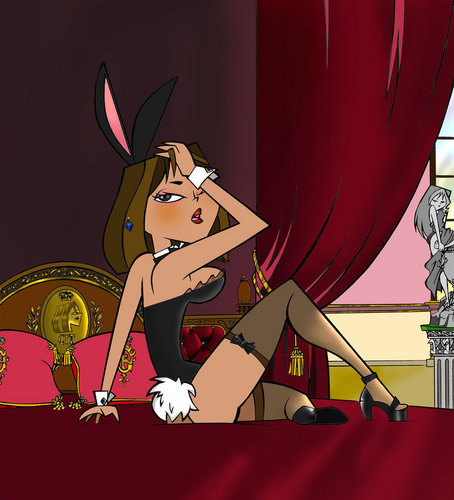 Total Drama Island wallpaper titled playboy courtney