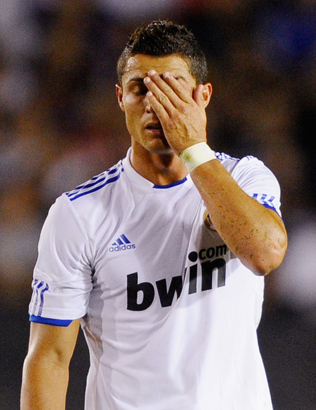 http://images2.fanpop.com/image/photos/14600000/ronaldo-real-madrid-vs-LAGalaxy-2010-cristiano-ronaldo-14604132-458-594.jpg