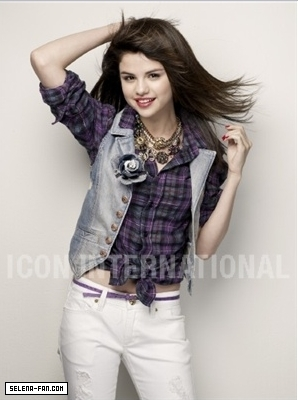 New Seventeen Mag Photoshoot Photos <3