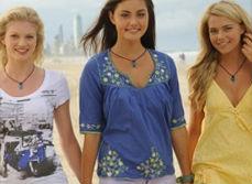 rikki cleo & bella on the beach