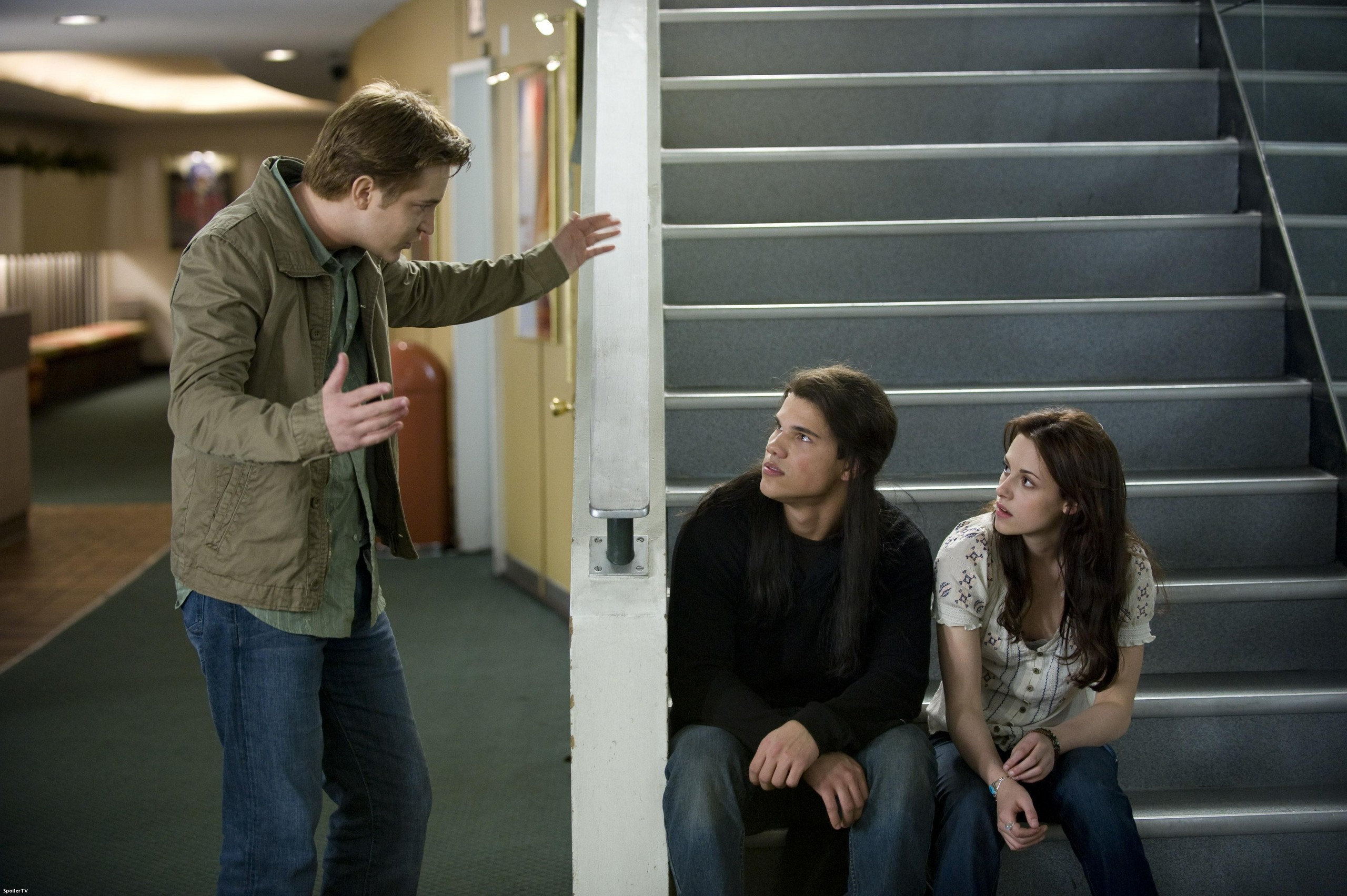 Amazing New Moon stills :D