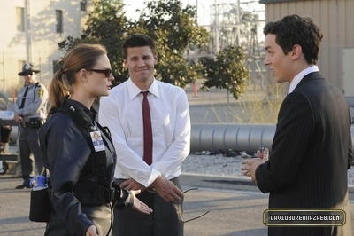 Bones- 5x05 A Night at the 본즈 Museum