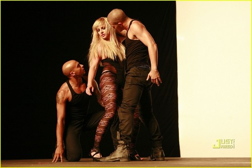 "Britney on set ""3"" musik Video"