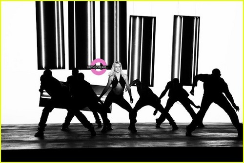 "Britney on set ""3"" muziek Video"