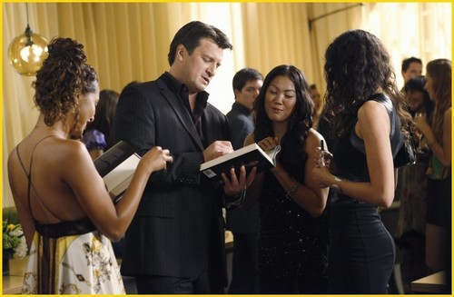 istana, castle - Episode 2.05 - When the Bough Breaks - Promotional foto-foto
