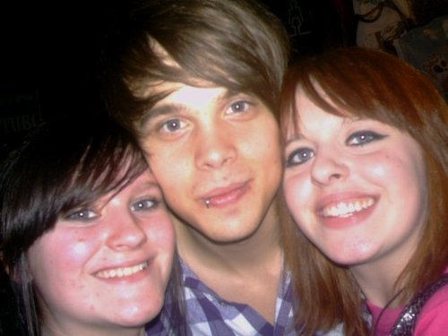 Claire meets her favourite band...Again =P