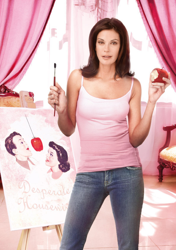 http://images2.fanpop.com/image/photos/8600000/Desperate-Housewives-desperate-housewives-8629640-595-842.jpg