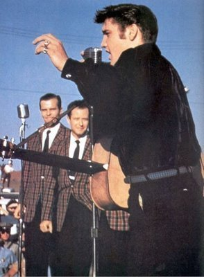 Elvis Live in Tupelo, Mississippi