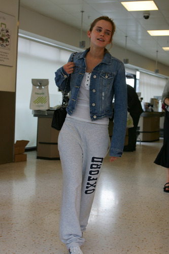 Emma Watson: At Waitrose in Finchley with gaio, jay Barrymore [07.15.09]