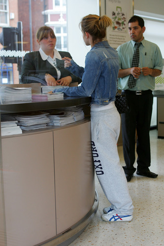 Emma Watson: At Waitrose in Finchley with vlaamse gaai, jay Barrymore [07.15.09]