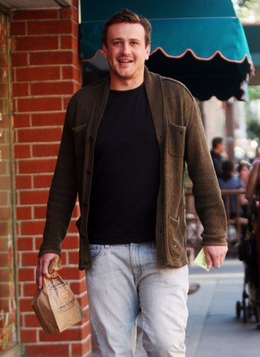 Jason Segel wallpaper possibly containing a street and a parasol called Jason - Out for a walk