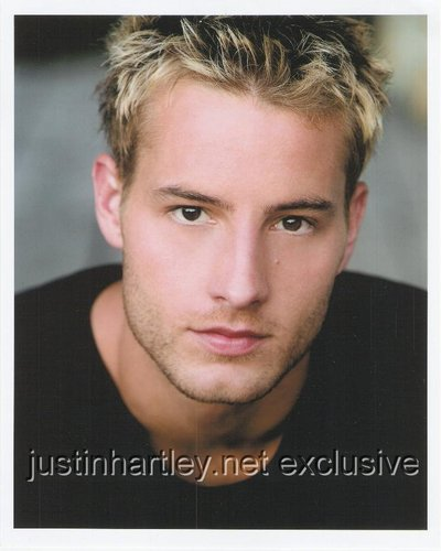 Justin Hartley Hintergrund containing a portrait entitled Justin Hartley