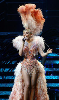 Kylie showgirl the homecoming tour