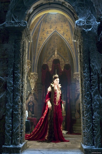 Monica Bellucci as the Mirror queen