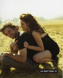 thêm Again from the Vanity Fair Outtakes (cuuute robsten!!!)