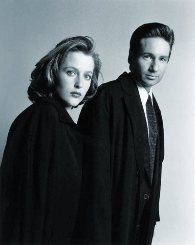 Mulder and Scully Promo تصاویر