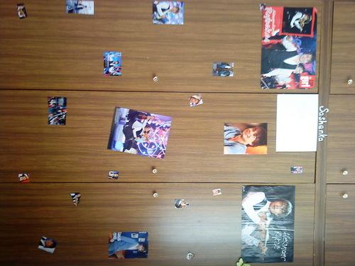 My wardrobe:-D I have 更多 Alex's 照片 but not on wardrobe(on door,mirror...)
