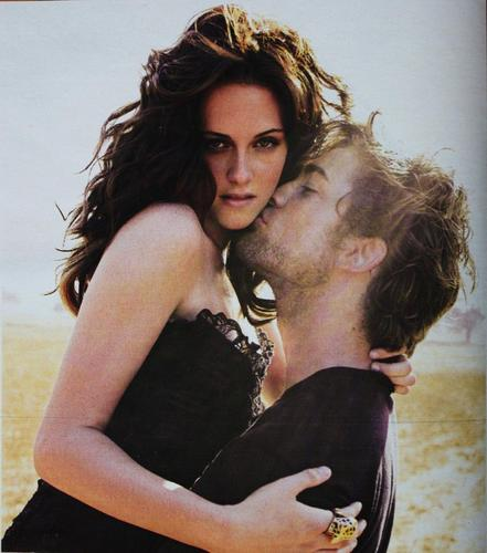 robert pattinson and kristen stewart photoshoot. Robert Pattinson Kisses