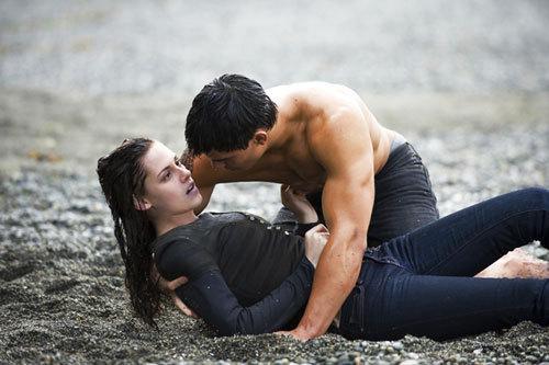 New Moon - Bella and Jacob