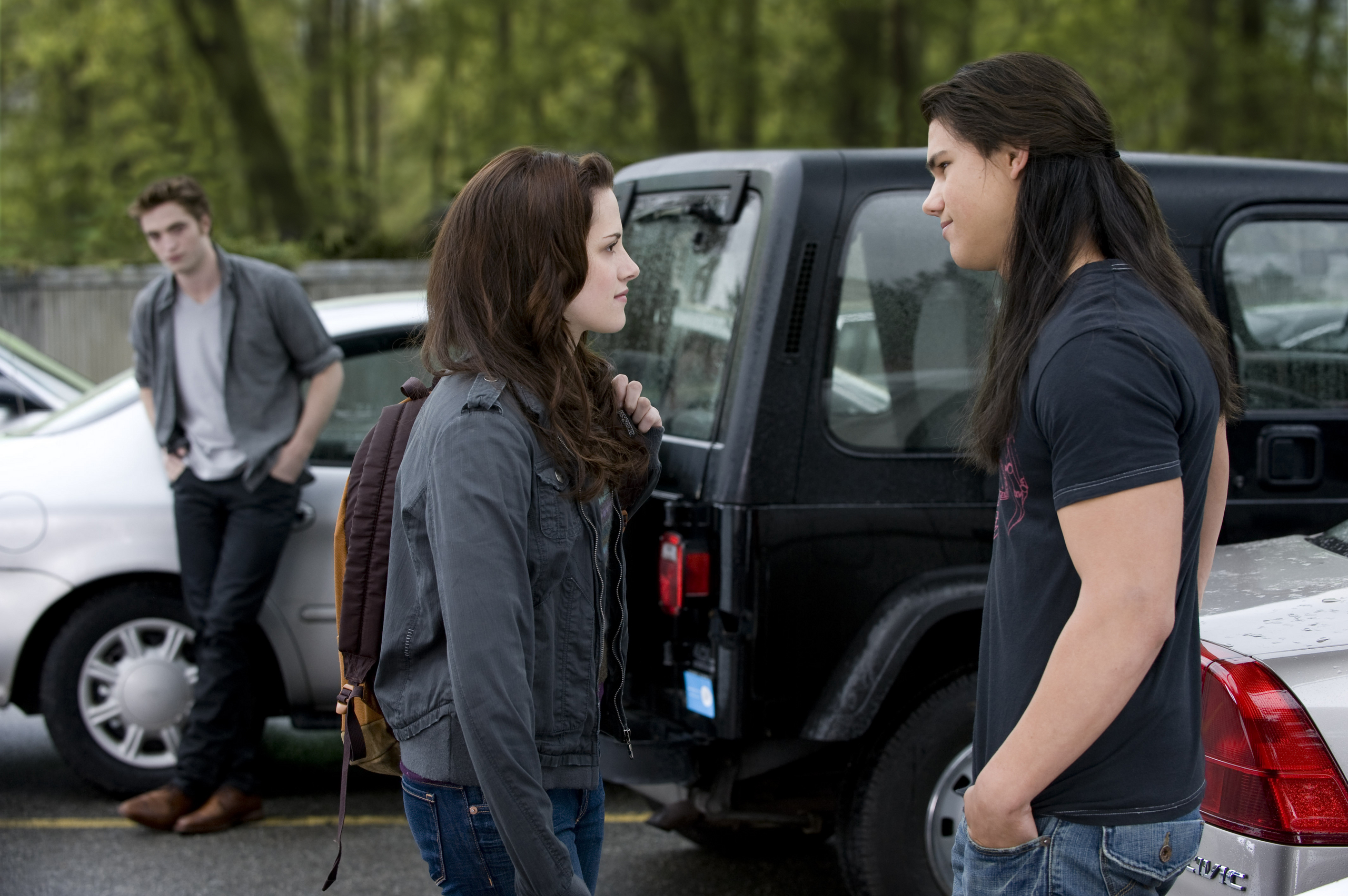 New Moon HQ stills