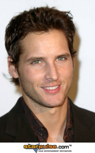 暮光之城 男孩 壁纸 containing a portrait titled Peter Facinelli >> Carlisle