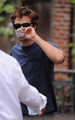 Robert Pattinson on Remember Me set* - robert-pattinson photo