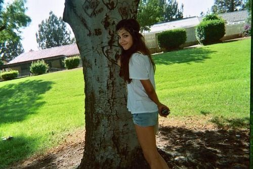 Samantha Boscarino wallpaper containing a live oak, a sitka spruce, and a beech called Samantha Boscarino