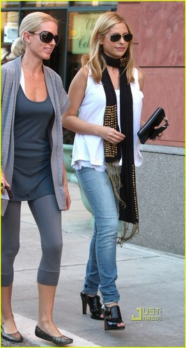 Sarah in Beverly Hills