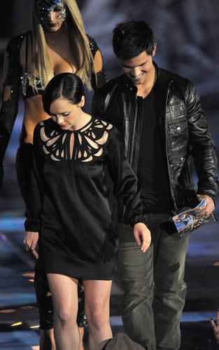 Taylor - 2009 Spike TV Scream Awards