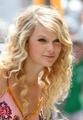 Taylor swift-love story - love-story-the-song photo