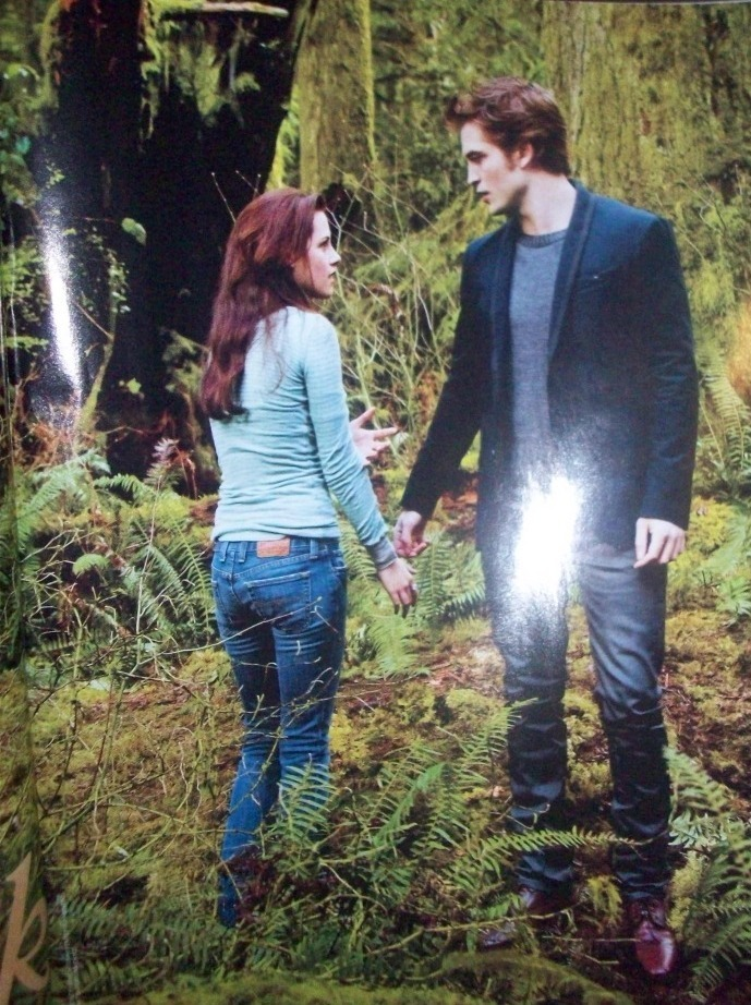 Two New New Moon Stills