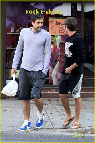 Zac Efron and a friend leave Nuba Falafel restaurant in Vancouver (10th October
