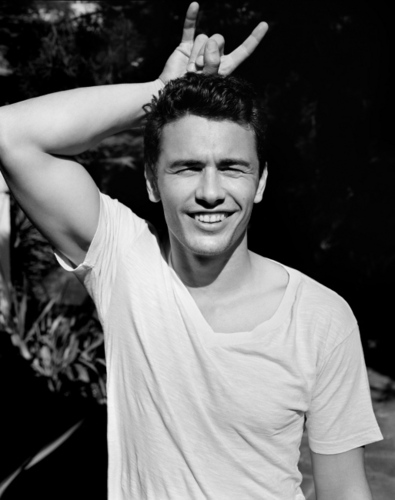 James Franco 壁纸 probably containing a 猛男, hunk, 大块 called james franco