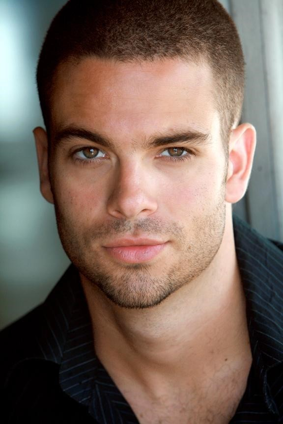 http://images2.fanpop.com/image/photos/8600000/mark-salling-as-puck-puck-8629720-576-864.jpg