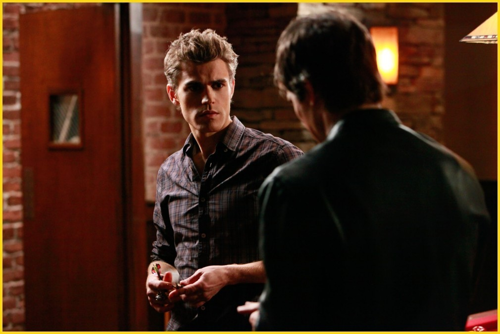 http://images2.fanpop.com/image/photos/8700000/1-09-history-repeating-episode-stills-the-vampire-diaries-tv-show-8782146-1010-676.jpg