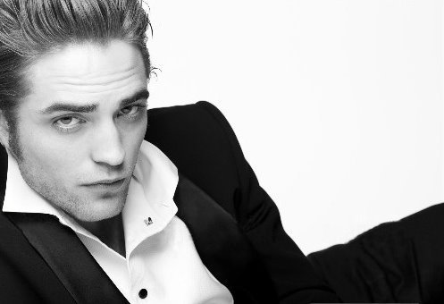 Robert Pattinson fond d'écran possibly containing a business suit titled 2 new RPattz pics!!