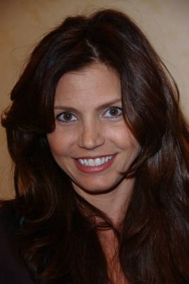 Charisma Carpenter AtHollywood Collector's & شخصیات مشہور دکھائیں