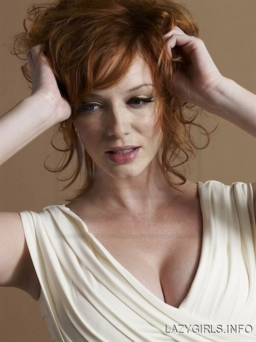 Christina Hendricks wallpaper probably containing a portrait titled Christina Hendricks | Unknown Photoshoot
