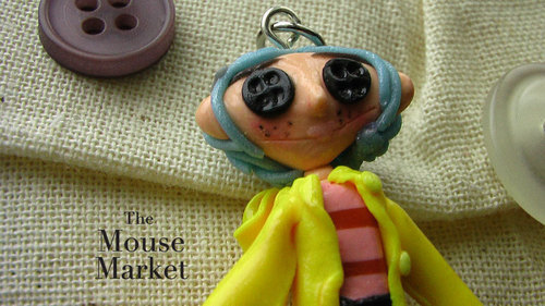 Coraline پیپر وال possibly containing a bouquet called Coraline Mini Me Charm