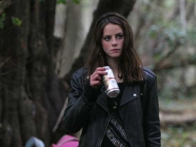 Effy Stonem wallpaper possibly containing a well dressed person, a business suit, and an overgarment titled Effy S.