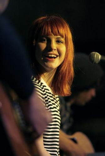 Hayley Williams karatasi la kupamba ukuta called HayLey ♥