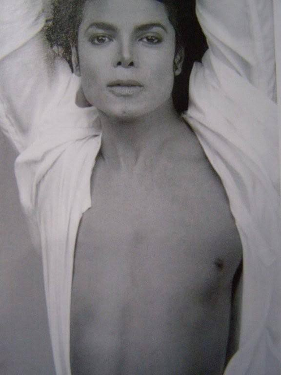 http://images2.fanpop.com/image/photos/8700000/Hmmm-Sexy-Mike-michael-jackson-8711177-576-768.jpg