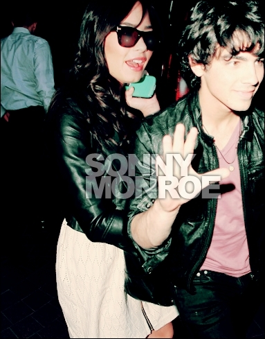 Jemi kertas dinding containing sunglasses called Jemi Photoshopped